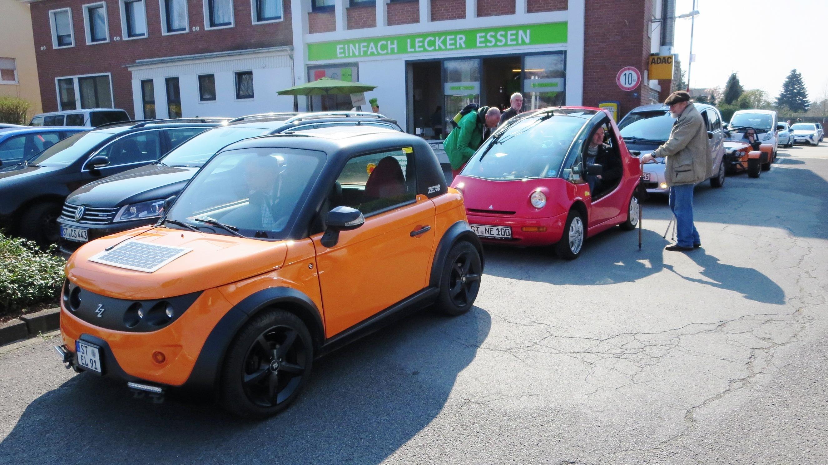 Elektroauto-Korso rund um das landschaftlich reizvolle Ibbenbüren im teutoburger Wald