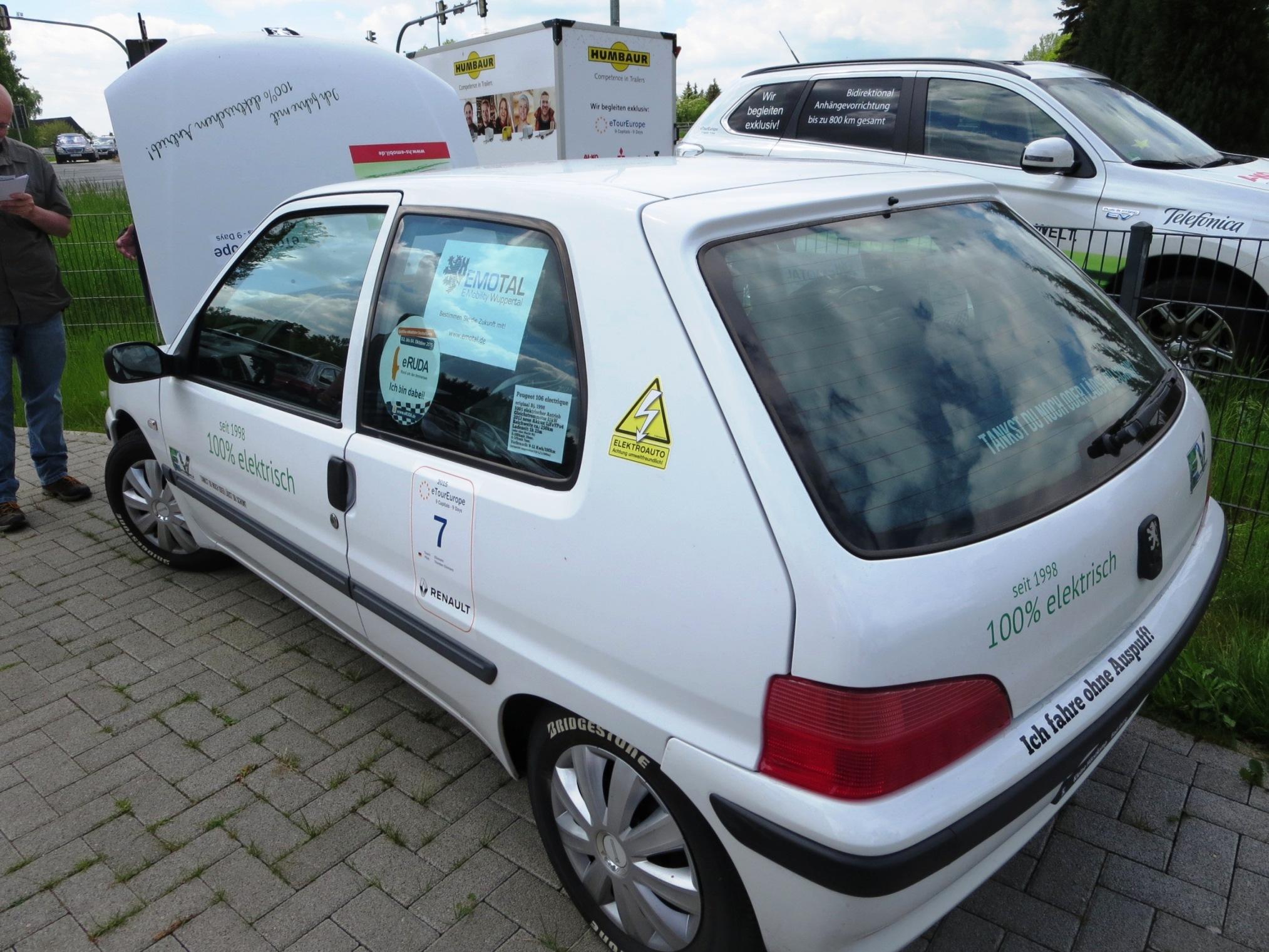 Thorsten hat den alten Peugeot auf neueste L-Technik hochgerüstet.