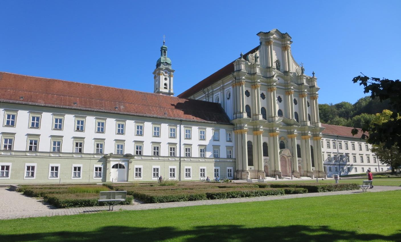 Kloster Fürstenfeldbruck, herrliche Kulisse für das eRUDA-Basislager