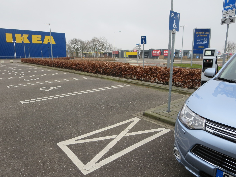 IKEA Arnheim, problemlos mit TNM-Karte